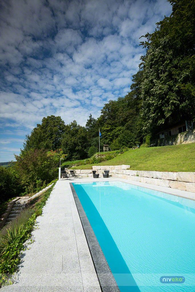 NIVEKO Whisper » niveko-pools.com #lifestyle #design #health #summer #relaxation #architecture #pooldesign #gardendesign #pool #swimmingpool #pools #swimmingpools #niveko #nivekopools