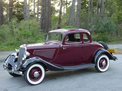 1934 Ford Deluxe in Monterey California, looking very Handsome.
