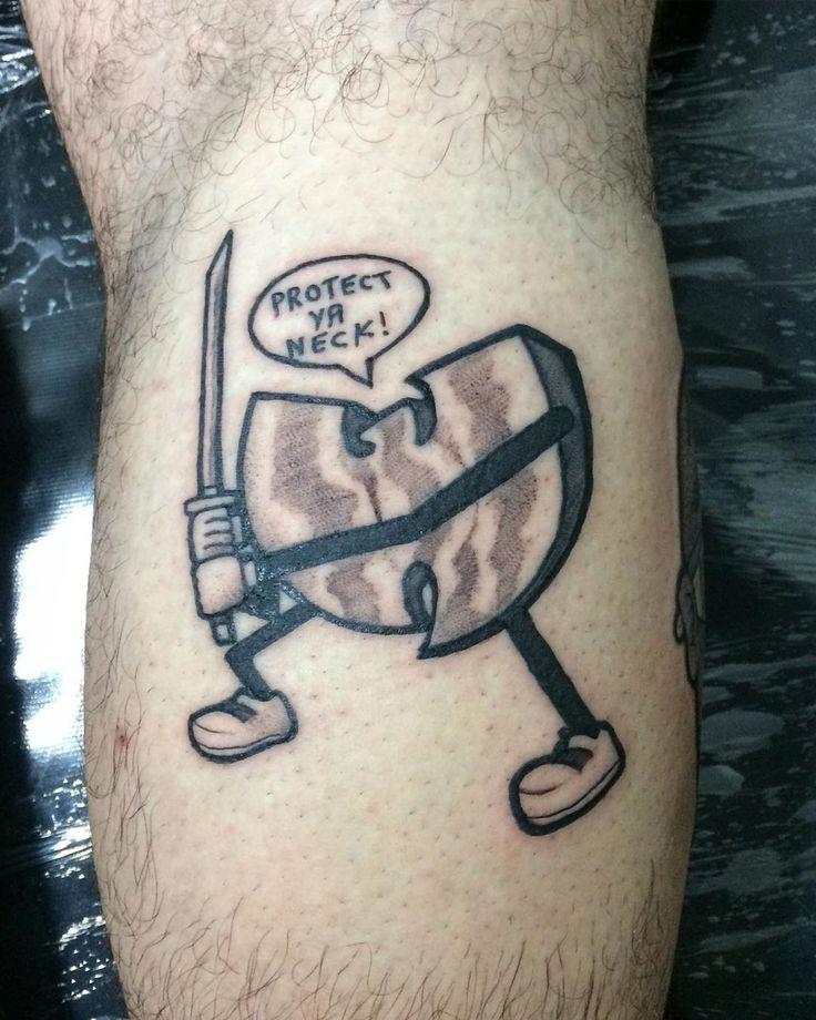 """""""Wu Tang"""" schützt deinen Nacken !!! Magst du das? Fragen zum Posteingang. . . . . . . . . . #tattoo …"""