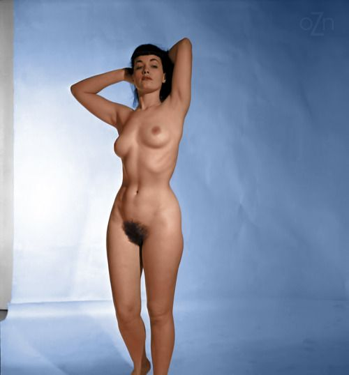 Naked ebony pin up
