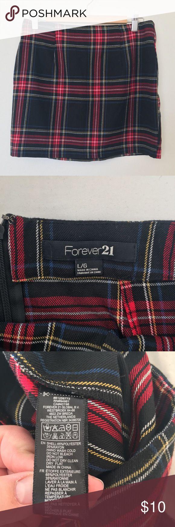 Forver 21 Mini Skirt Cute plaid mini skirt from Forever 21. Never worn. Total Cher from Cluesless vibes! Forever 21 Skirts Mini