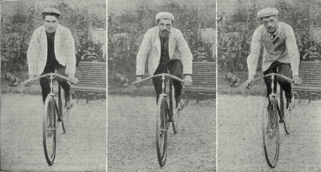 Tour de France 1904. Parigi, 24 luglio. I primi tre classificati, poi squalificati: Lucien Pothier (1883-1957) 2°, Maurice Garin (1871-1957) 1° e César Garin (1879-1951) 3°. Fu un'edizione tormentata, tra disordini dei tifosi e passaggi in auto o in treno dei concorrenti. La classifica finale definitiva si ebbe soltanto il 2 dicembre. Henri Cornet (1884-1941), quinto nella generale, fu riconosciuto vincitore. Cornet aveva meno di venti anni ed è ancora oggi il più giovane vincitore del Tour