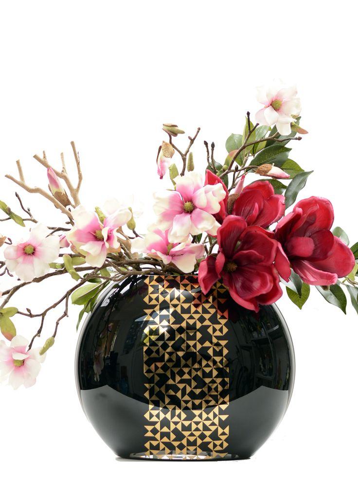 Magnolia arrangement_real feel.