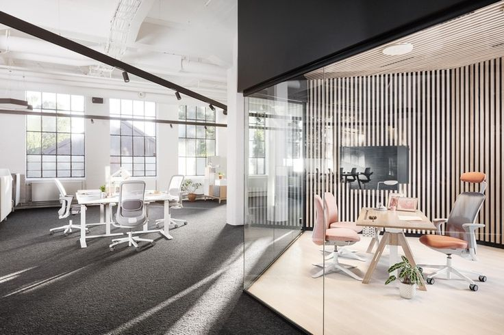 The HÅG SoFi mesh range is the result of design collaborations with the award winning design agencies Frost Produkt and Powerdesign, as well as the many experts and enthusiasts who are part of the HÅG network. #InspireGreatWork #design #chair #Scandinavia #mesh #interior