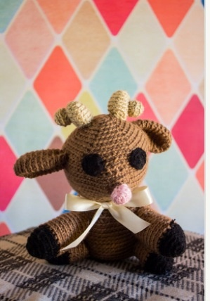These are the CUTEST crocheted stuffed animals!! Make great gifts and so affordable!  Love the vintage look!!! http://www.etsy.com/shop/KraftyKitteh