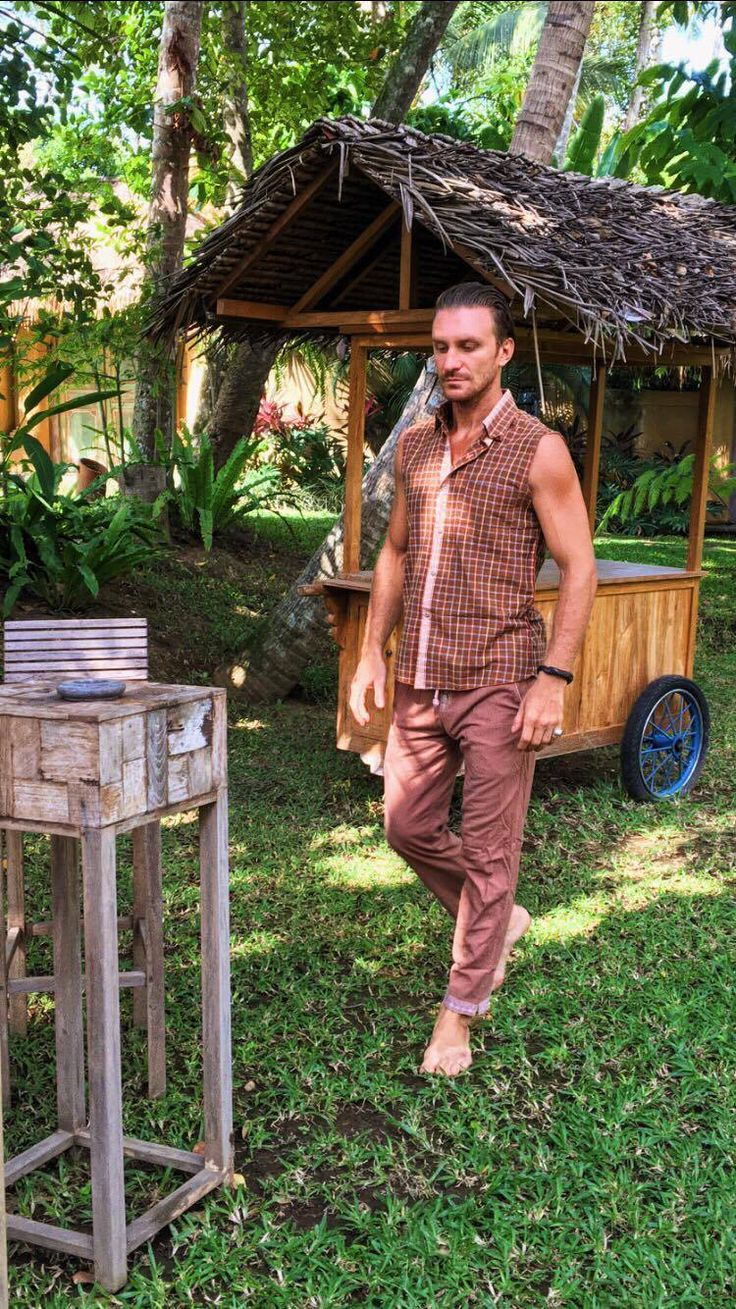 Have a cool Sunday! Wearing a cool outfit. Discover our collection at www.paulropp.com