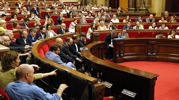 El TC ve constitucional la reforma exprés del Reglamento del Parlament porque no excluye las enmiendas