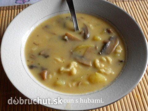 Papcún s hubami - Papcun je krémova polievka. Do takejto polievky môžme použiť akékoľvek huby. Robí sa so smotanou, ale môže aj bez nej. So...