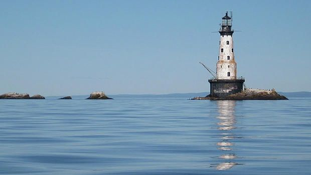 Lake Superior lighthouse volunteers starting three year restoration project