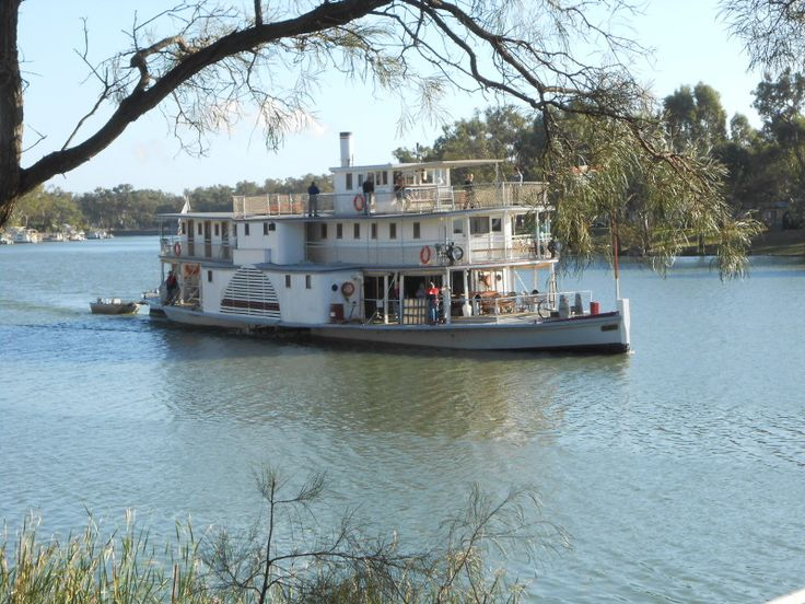 Paddle Steamer Ruby Wentworth NSW