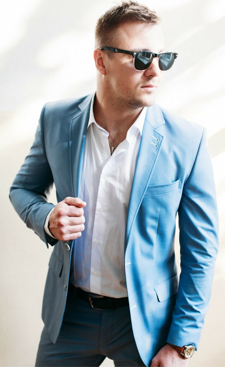 38 Lessons: The Ultimate Guide to Men's Fashion from a Female Perspective. Blue suit men, white dress shirt and sunglasses.