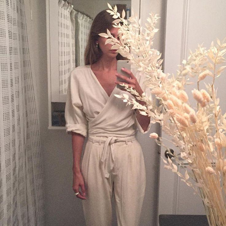 "764 Likes, 26 Comments - Rebecca Mapes (@rebecca_mapes) on Instagram: ""No belt no problem @mirandabennettstudio"""