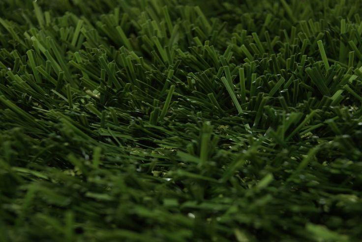 Halı saha için uygun suni çim üretimi