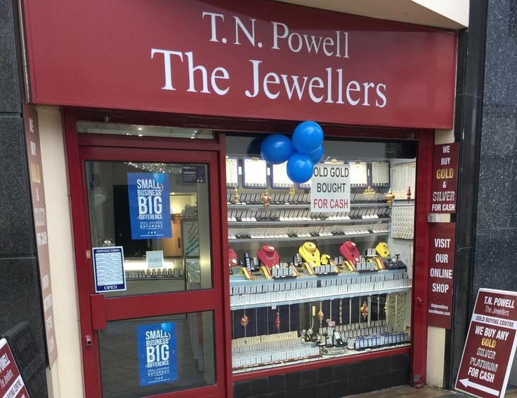 It's @SmallBizSatUK today. Come down to #Stockport today and support all the wonderful Small Businesses in our town #Sparkle #SmallBizSatuk