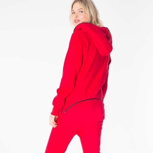 The REXS (rear exit solution) is here! You asked, we listened #onepiecenorway #onepiecejumpsuit