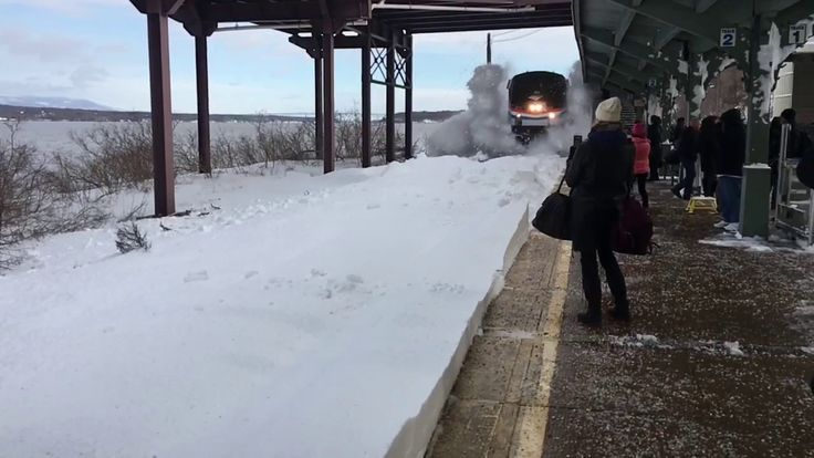 Amtrak Snow-mo Collision with Music Amtrak Train Blasts Waiting Commuters With Snow  A railroad expert said he believes commuters shouldn't have been allowed to stand so close to the tracks  By Checkey Beckford  0:12 / 1:23 Share An Amtrak train showered passengers with a wall of snow as they waited at a Dutchess County station. Checkey Beckford reports. (Published Wednesday, March 15, 2017)  Driver Crashes into School Bus, Tries to Flee: Cops  Huge Chunk of Ice Flies Across Garden State…