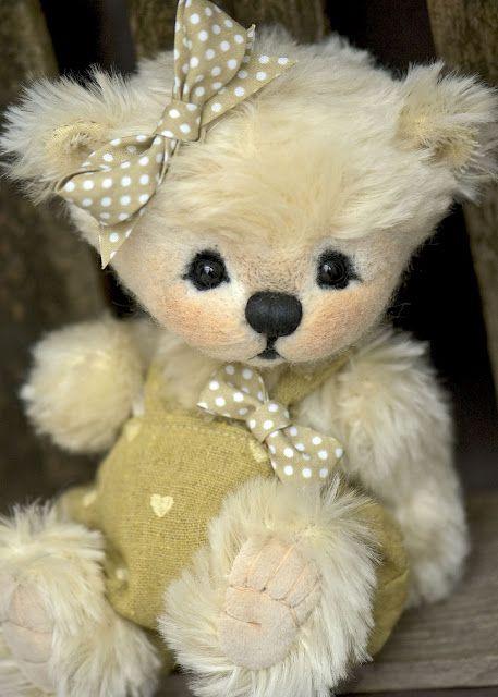 I WANT ONE! Three O'Clock Bears