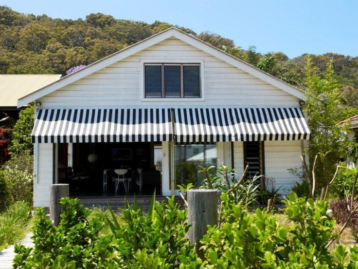 Love the black and white awnings