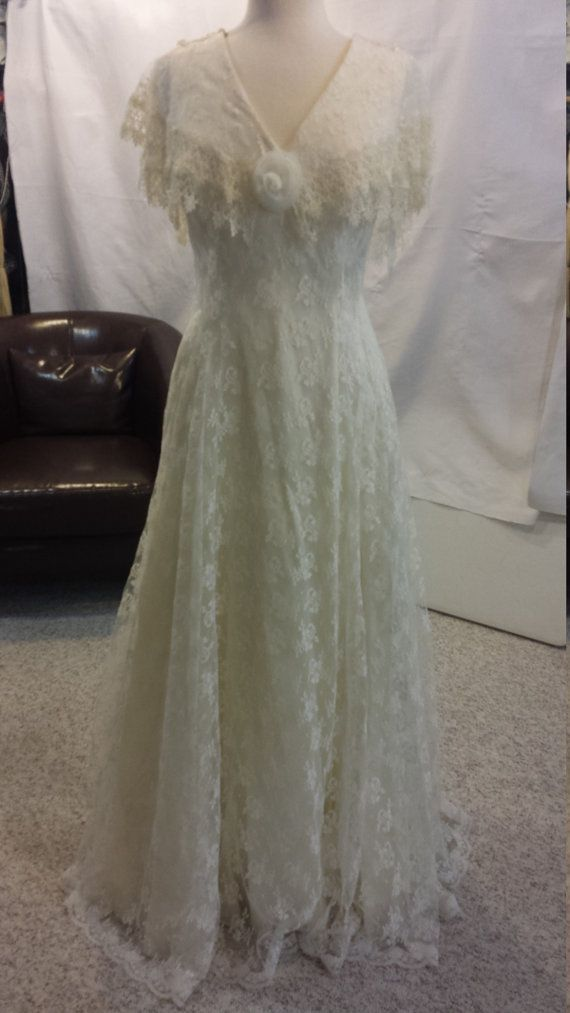 Vintage Steam Punk Jessica McClintock Wedding dress with veil - women's size 8 Made in the USA