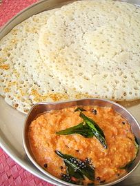 Attukula Attu (Poha Dosa) - Tomato Chutney - Indian food recipes - Food and cooking blog