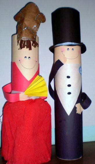 Dama y caballero con tubos de cartón para fiestas patrias. #Educacion #Reciclar #Manualidades