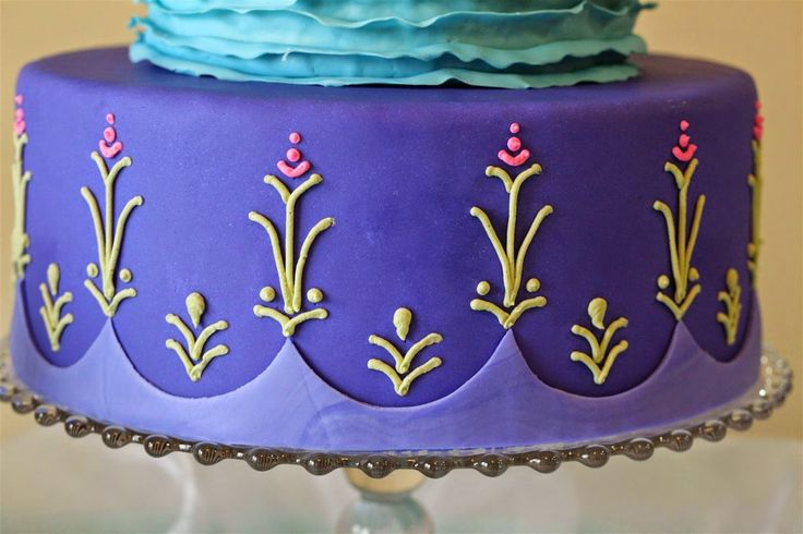 Patty Cakes Bakery: Frozen Birthday Party