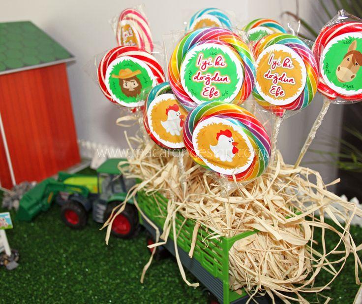 Efe'nin çiftlik konseptli partisi :) #baby #happybirthday #farm #party #doğumgünü #parti #organizasyon #1yaş #babyshower #pin #wedding #düğün  Sipariş için; info@macarondesig.com www.macarondesign.com