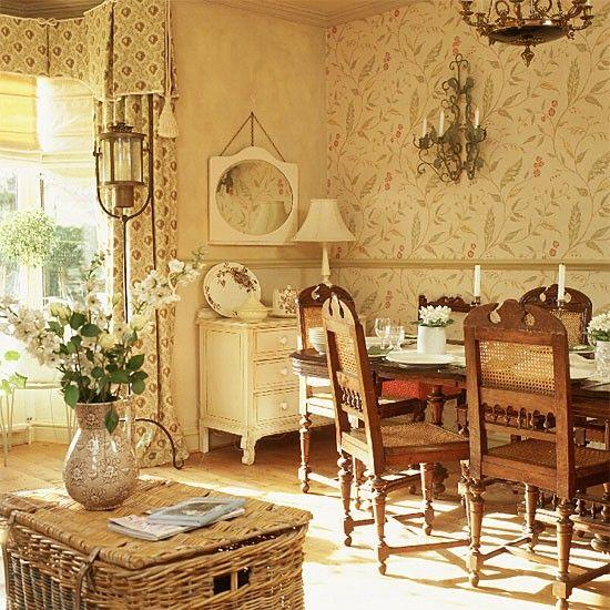 Lavish Brighton Penthouse On The Market For £700,000, But It Has A HUGE  Secret. Französischer StilEsszimmerEsszimmer ...