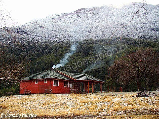 La Casa de Campo,  Turismo Rural (Lago Espolón) by Gonzalo Vallejos | from Panaramio http://www.panoramio.com/photo/28812943 http://lagoespolon.cl/