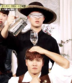 Running Man, the Wild West in Australia episode hahahaha. The best part is probably Rain's face in the back :DD
