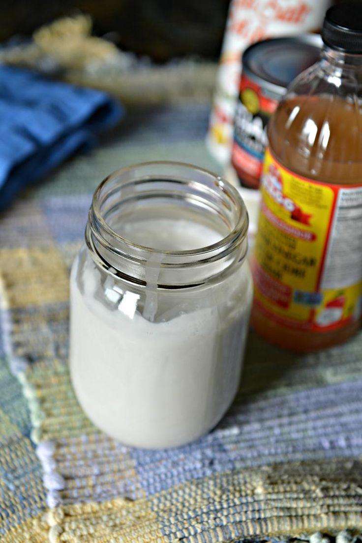 """Vegan Kitchen Hack: Non-Dairy """"Sour Cream"""" :: YummyMummyClub.ca"""