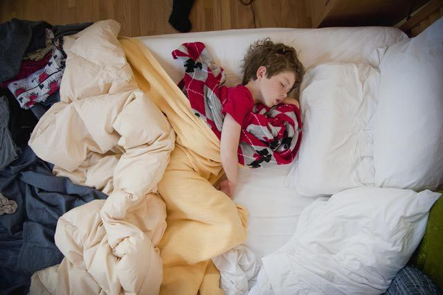 The Four Stages of Sleep: What Happens In Your Brain While You Sleep?