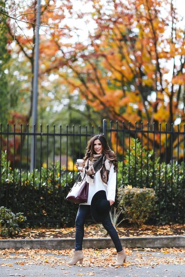 """Emily Ann Gemma - Southern Fashion Instagrams To Follow Now - Southernliving. @thesweetestthingblog Tulsa, OK  """"I live for fall fashion. I love such basic, comfy looks—and adding in the pumps to dress it up and give it some edge!"""""""