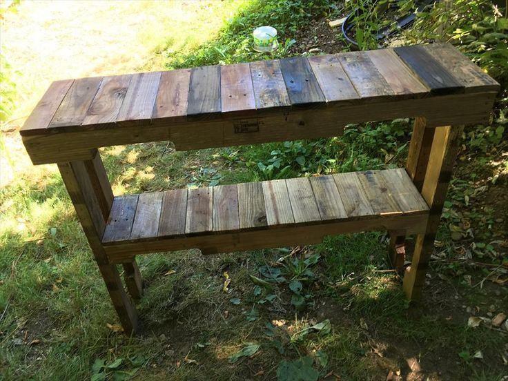 Upcycled Pallet Entryway Table   101 Pallet Ideas