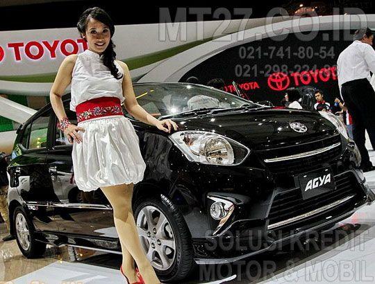 cantik-toyota-agya-Kredit Pinjaman Dana Tunai Jaminan Gadai BPKB Mobil Motor