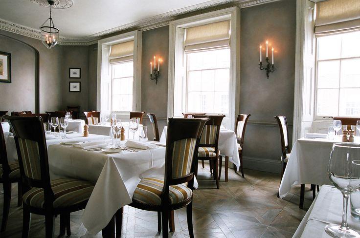 Gabriel Bernardi – Studio  Interior Design – Interior Architects – Master Builders  59 Pimlico Road, London, Belgravia  Luxury Interiors - Bespoke furniture - restaurant design - polished palster walls - parquet - Thomas Cubitt