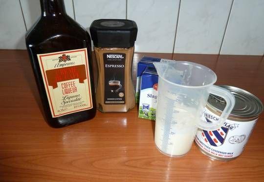 Super Gemakkelijk Koffie- Ijs Van Nigella Lawson recept | Smulweb.nl