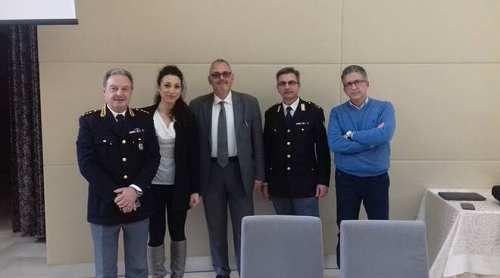 Molise: #Polizia #Stradale #seminario sulla sicurezza stradale ai dipendenti Enel (link: http://ift.tt/2oC6kCB )