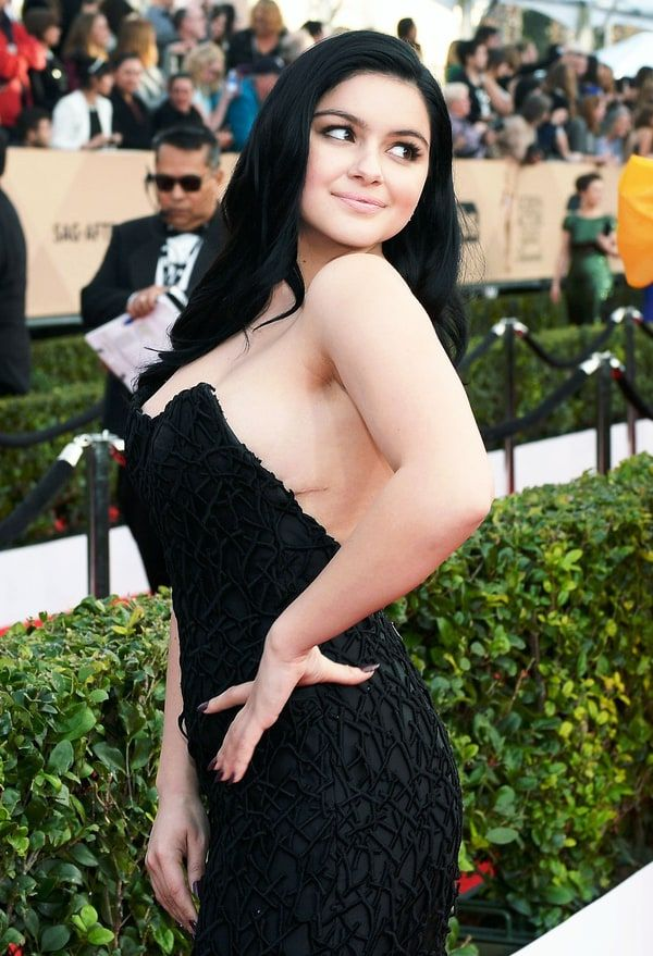 Ariel Winter Meant to Show Her Breast Reduction Scars at SAG...: Ariel Winter Meant to Show Her Breast Reduction Scars at SAG… #ArielWinter