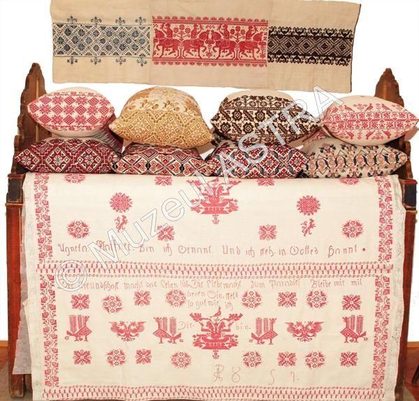 Colectia Textile-Broderii