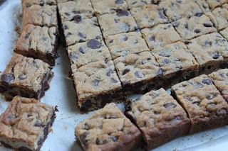 Malted Chocolate Chip Cookie Bars | Yummy in my tummy | Pinterest