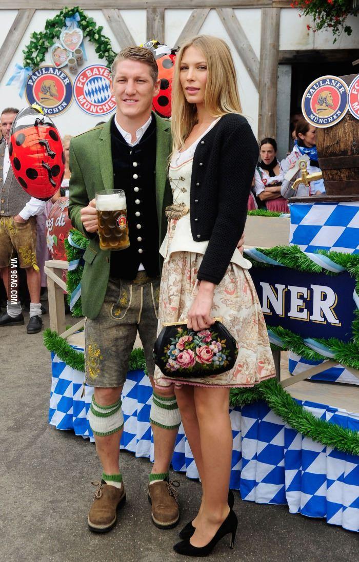 Schweinsteiger e signora Fonte: 9gag_Amiche di Fuso