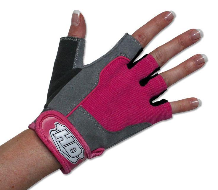 Trainingshandschuhe Pink Lady - sehr schöner und komfortabler Damen-Trainingshandschuh. Weitere Infos unter: http://www.megafitness-shop.info/Zubehoer/Handschuhe-Guertel/Damen-Trainingshandschuhe-Pink-Lady--2169.html