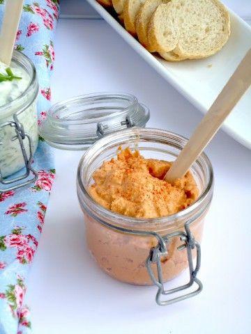 Hummus met Zongedroogde Tomaat - Uit Paulines Keuken