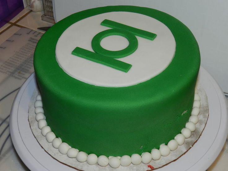 best ideas about Green Lantern Cake on Pinterest  Green lantern party ...