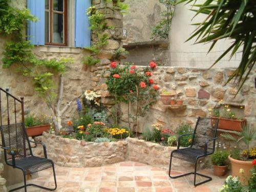 21 best images about moroccan balcony on pinterest for French courtyard garden ideas