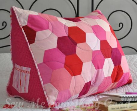 Patchwork Hexie Reading Pillow (Sewing Pattern) - Great gift to make for book lovers!