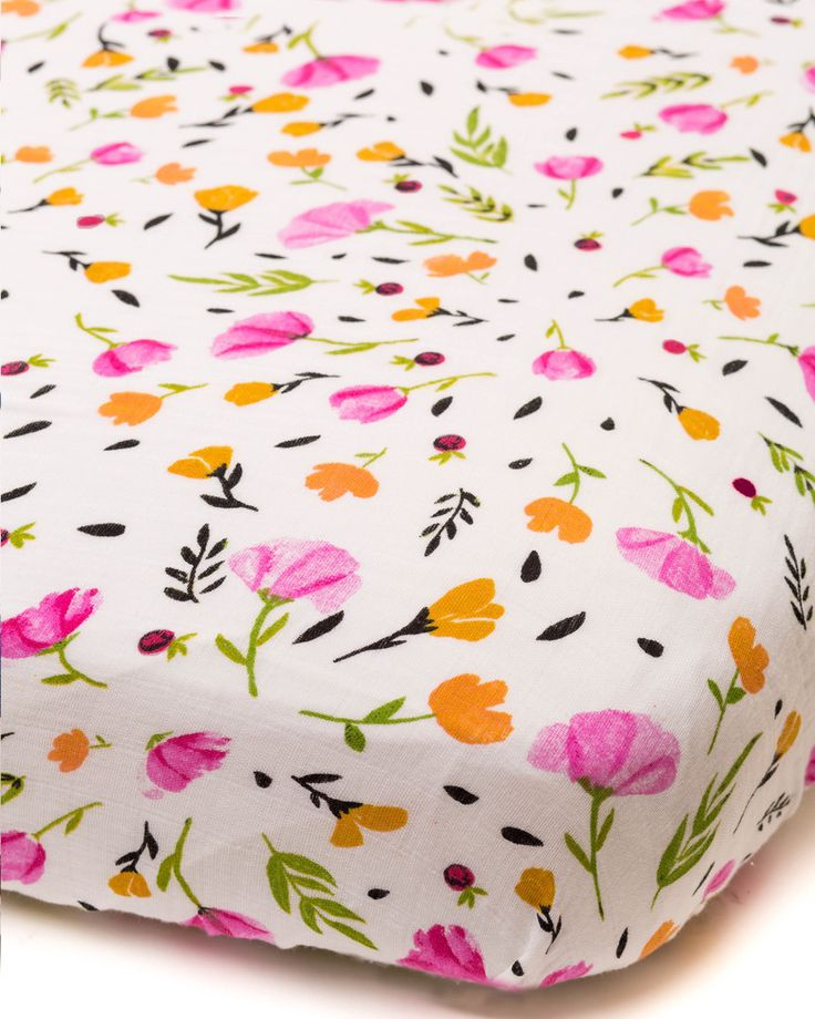 Cotton Muslin Crib Sheet - Berry & Bloom