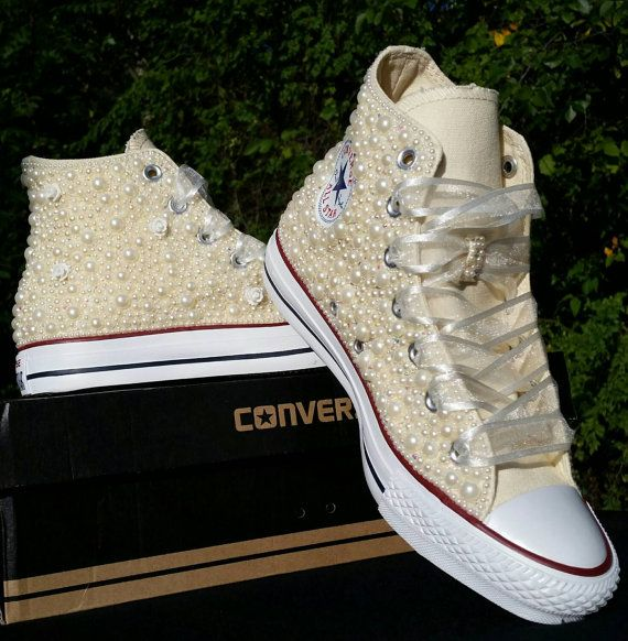 Perle & Bling - nuziale personalizzato Converse - perle - cristalli - matrimonio di Chuck Taylor All stelle Converse - alto o basso Top personalizzabili