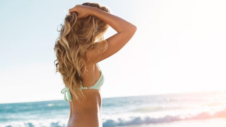 Negujte svoju kosu na pravi način tokom letnjih meseci!